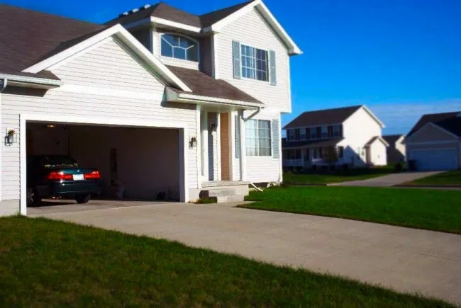 THE PURPOSE OF GARAGE DOOR MAINTENANCE